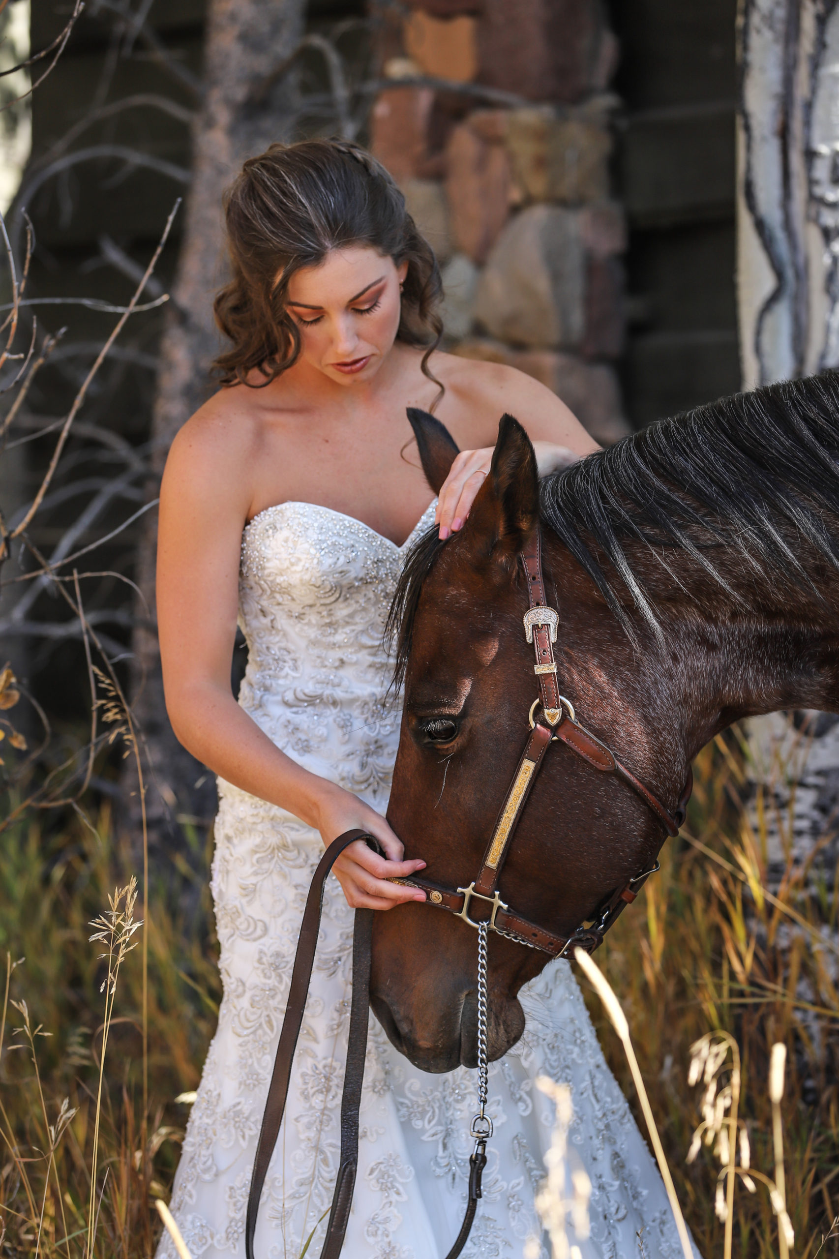 bride and horse love
