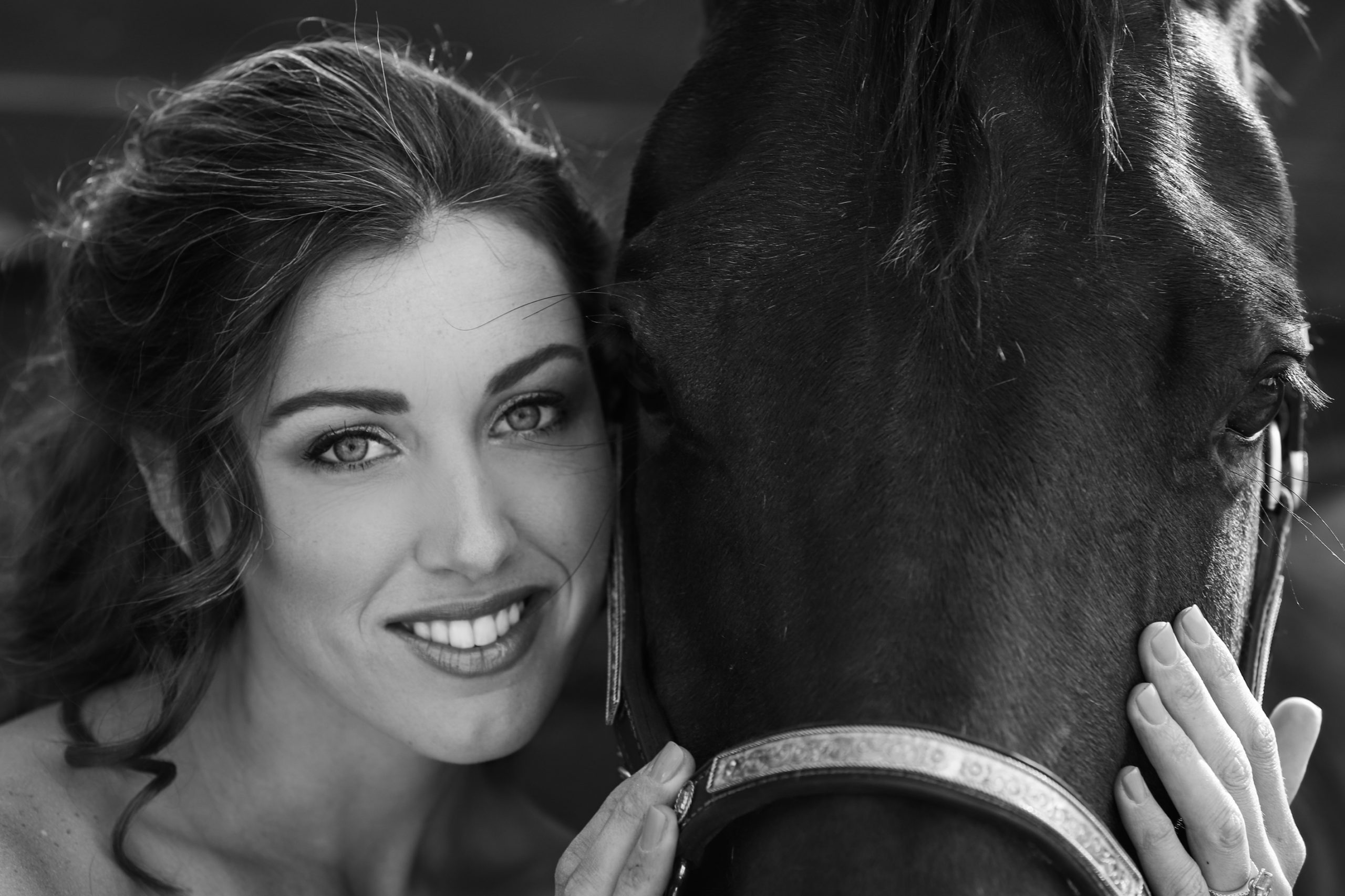 bridal shoots and horses
