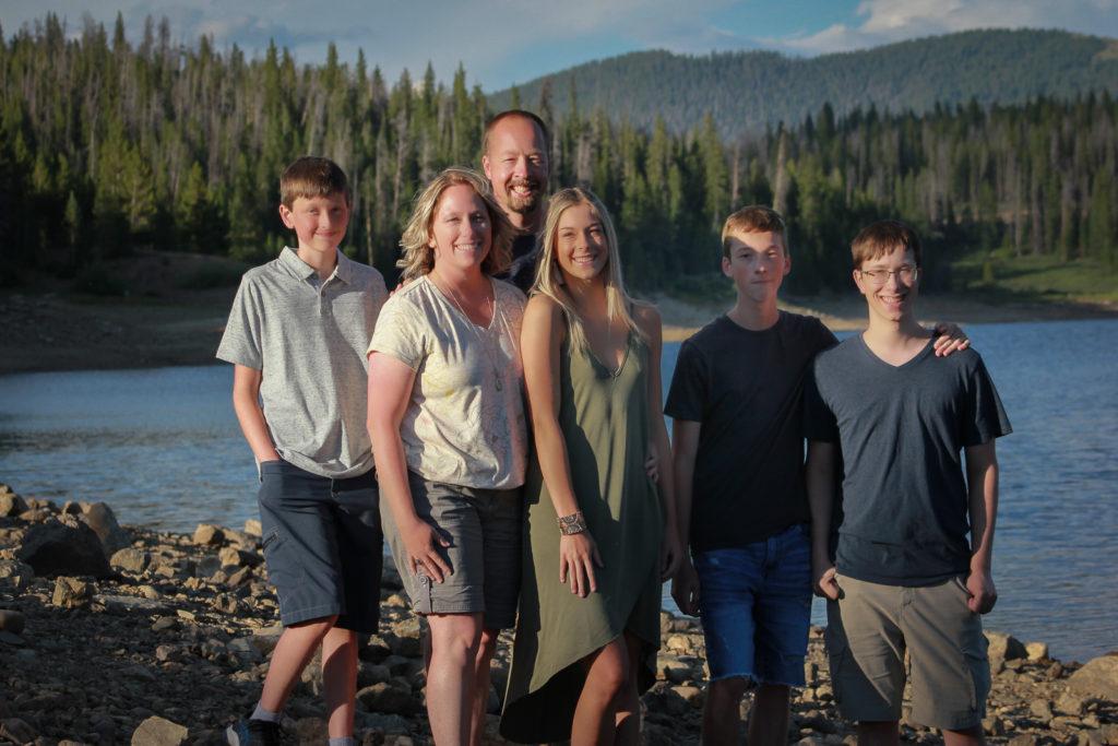FamilyPortrait_2020-8